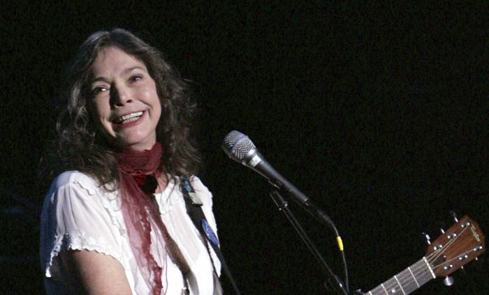 - Nanci Griffith performs during the ACLU Freedom Concert Oct. 4, 2004, in New York.